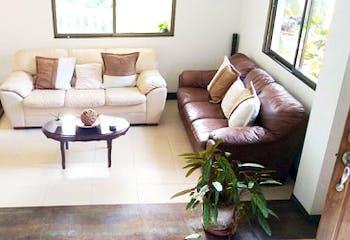 Casa en La Cuenta-Envigado, con 6 Habitaciones - 750 mt2.