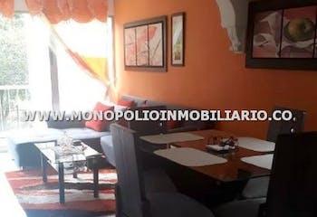 Apartamento en venta en Comuna 13 con Balcón...