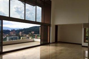 Penthouse en Las Lomas, Poblado - 432mt, cuatro alcobas, balcón