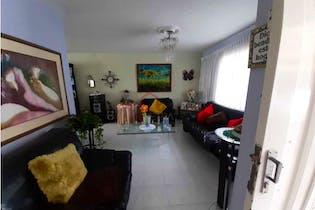 Casa en La Floresta-Medellín, con 5 Habitaciones - 121 mt2.