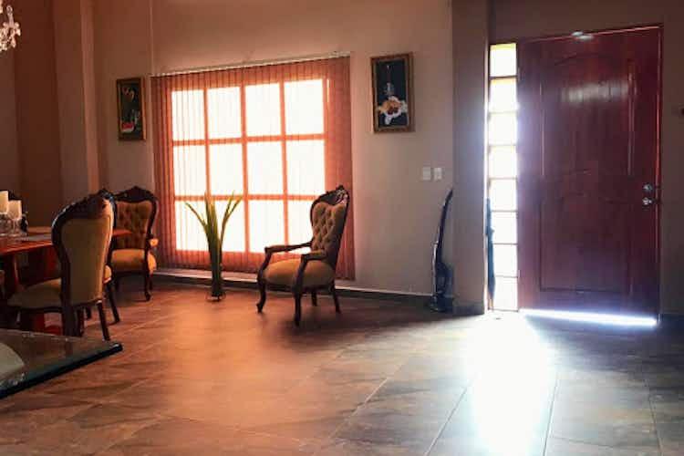 Portada Casa en GIRARDOTA, BARBOSA, 4 habitaciones- 236m2.