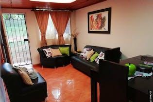 Casa de 74m2 en Bariloche, Itagüí - con dos habitaciones