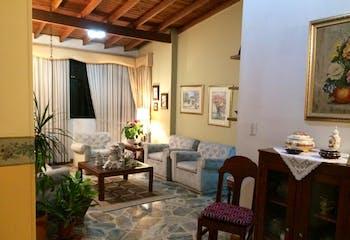Apartamento en Rosales, Belen - 128mt, tres alcobas, balcón