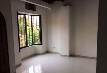 Casa en Prado Centro-Medellin, con 2 Habitaciones -120 mt2.