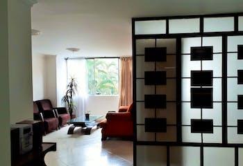 Apartamento en El Portal, Envigado - 94mt, tres alcobas, balcón