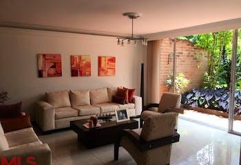 Casa en San jose, Sabaneta, 3 habitaciones- 300m2.