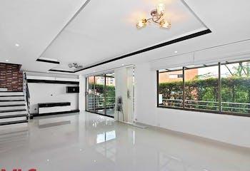 Casa en Loma del Atravezado, Envigado, 4 Habitaciones- 284m2.