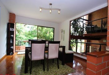 Portón de La Colina, Casa en venta en Los Balsos, 335m² con Jardín...