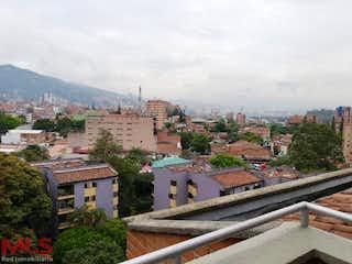 Una vista de un pueblo con un edificio en el fondo en Castillejos