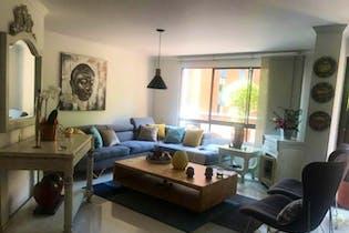 Apartamento en El Tesoro, Poblado - 138mt, tres alcobas, terraza