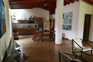 Casa Campestre en Rionegro-V. Llanogrande, con 4 Habitaciones - 380 mt2.