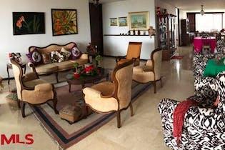 Guayacan De La Calera, con 3 habitaciones- con216mt2