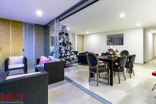 Apartamento en venta en Castropol de 160m² con Piscina...