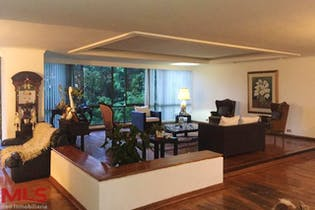 Apartamento en El Campestre, Poblado, 3 Habitaciones- 268m2.