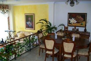 Casa 3 Niveles en san jose- Sabaneta,4 Habitaciones