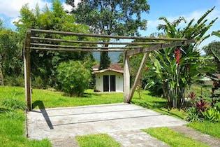 Casa en venta en Loma Del Chocho de 3 habitaciones