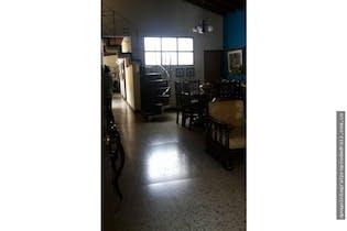 Casa en Manila, Poblado, 5 Habitaciones- 206m2.