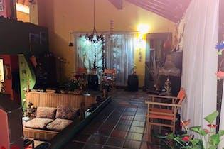 Casa en venta en San Lucas, Medellín 4 habitaciones
