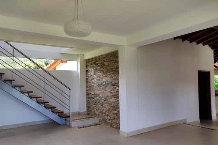 Portada Casa en venta en Santa Teresa, La Ceja de 156mtrs con terraza