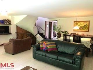 Canto Del Bosque, casa en venta en Loma de Las Brujas, Envigado