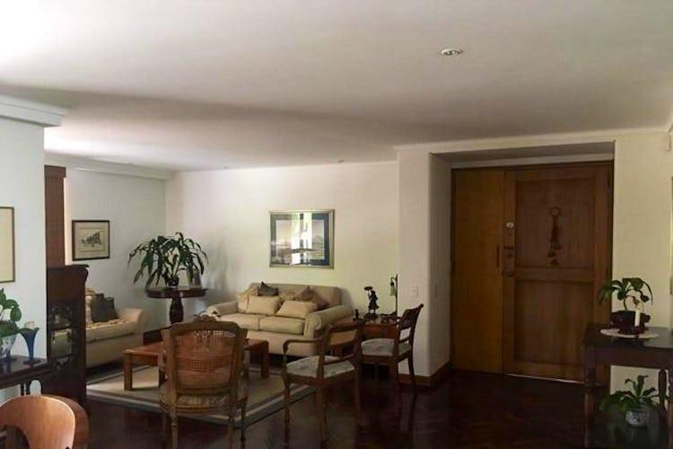 Portada Apartamento en el Tesoro, Poblado, 3 Habitaciones- 253m2.