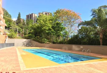 Arroyo De Los Bernal, Apartamento en venta en Loma De Los Bernal de 4 alcobas