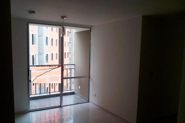 Portada Apartamento en La Mina, Envigado - 55mt, tres alcobas, balcón