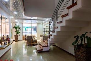 Canto de la Cascada, Casa en venta en Los Balsos 234m² con Zonas húmedas...