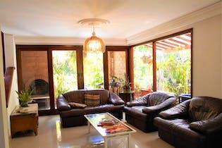 Casa en La Tomatera, Poblado - 300mt, tres alcobas, terraza