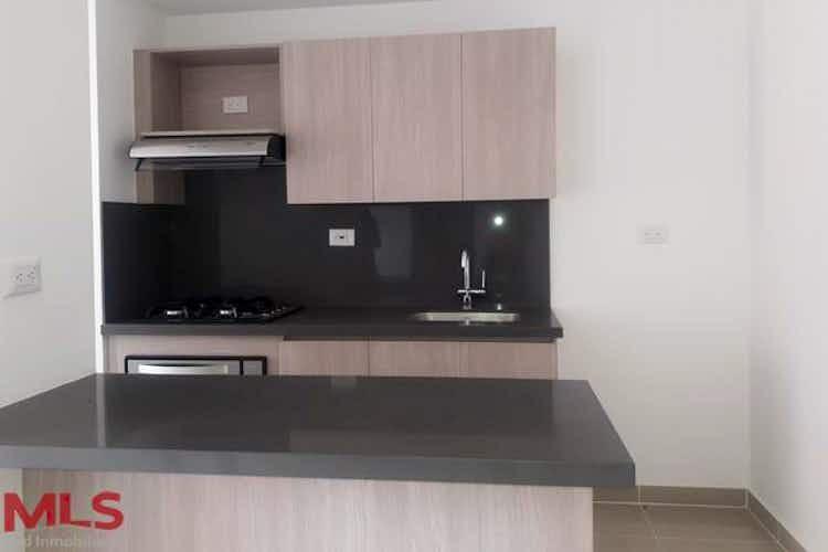 Portada Apartamento en venta en NIquia, 64mt con balcon