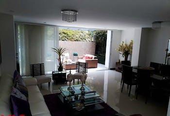 Casa en Envigado-Loma del Atravezado, con 3 Habitaciones - 197.45 mt2.