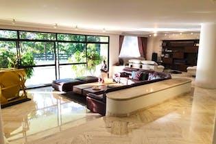 Apartamento en San Lucas, Poblado - 578mt, tres alcobas, jacuzzi