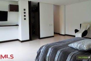 Casa en venta en Loma Del Escobero con Zonas húmedas...