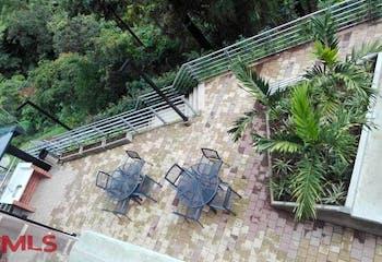 Felisa Condominuim, Apartamento en venta en Loma De Las Brujas con acceso a Solarium