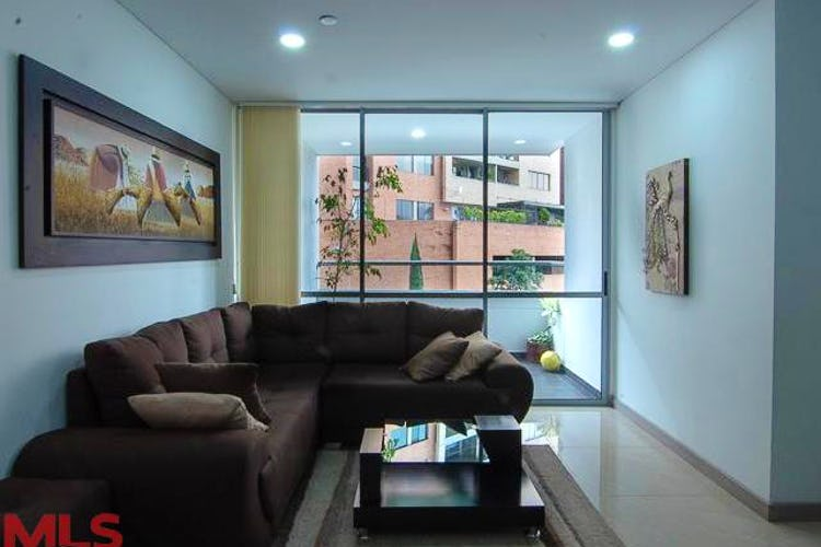 Portada Apartamento en Castropol-El Poblado, con 3 Habitaciones - 98 mt2.