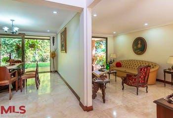 Apartamento en Las Lomas, Poblado - 283mt, tres alcobas, terraza