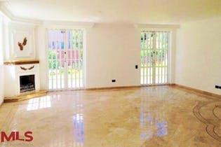 Casa en venta en Los Balsos de 4 alcobas