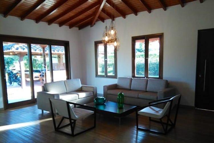 Portada Casa campestre en venta en Chipre, Rionegro - 390mt