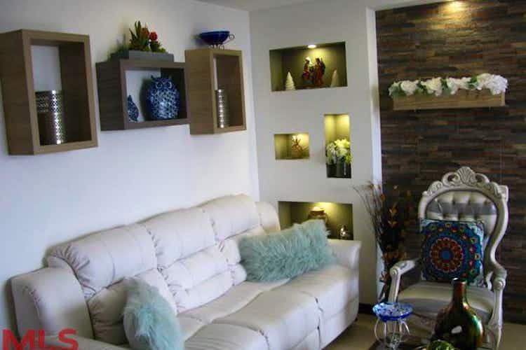 Portada Apartamento en venta en Loma del Indio de tres alcobas