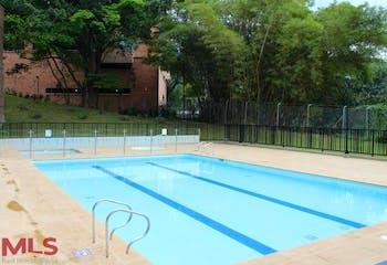 Apartamento en Loma de Cumbres, Envigado, 3 Habitaciones- 175,76m2.