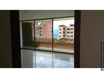 Apartamento en venta en Castropol de 202m² con Jardín...