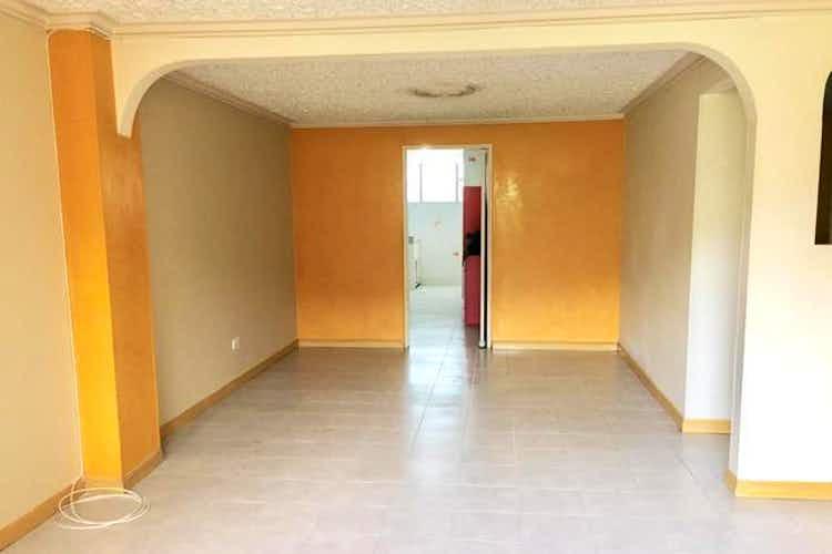 Portada Apartamento de 120m2 en La Castellana, Laureles - con tres habitaciones más del servicio