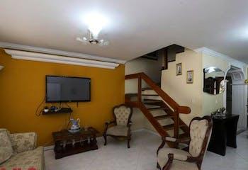 Casa en venta en Calasanz, 133m² con Piscina...