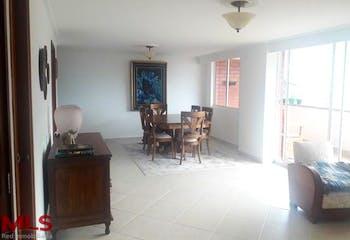 Apartamento en la Loma de las Brujas, Envigado, 3 Habitaciones- 145m2.