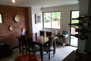Casa en Sabaneta-Asdesillas, con 4 Alcobas - 260 mt2.