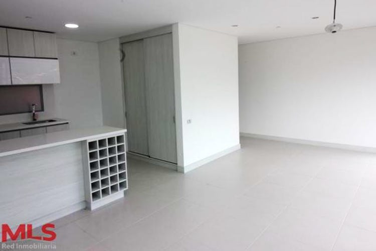 Portada Apartamento en Envigado-Loma de Cumbres, con 3 Habitaciones - 121.22 mt2.