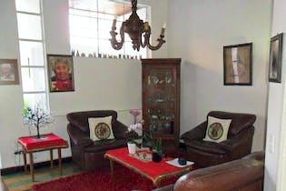 Casa en La América, 308 mts2-7 Habitaciones