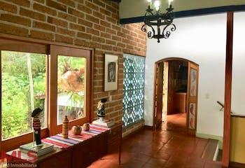 Casa en Loma El Atravezado, Envigado - Cuatro alcobas