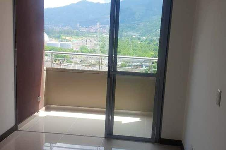Portada Apartamento en venta en Niquia de tres alcobas