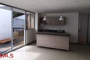Casa en venta en Loma Del Atravezado de 3 hab. con Jardín...